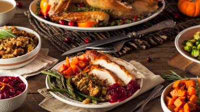 Stress-Free Ideas for Hosting Thanksgiving In Your New Home