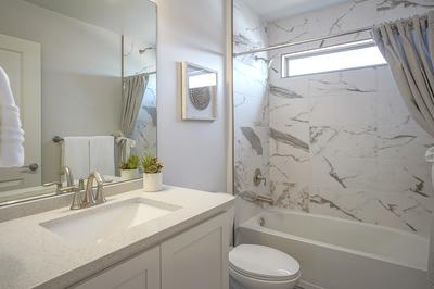 Bathroom - Loreto (35 North)