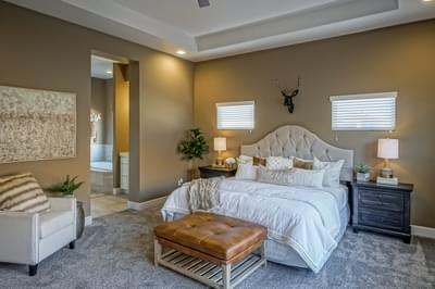 Owners Suite - Victoria (Holly Estates)