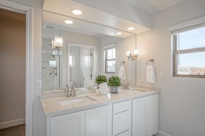Owner Suite Bath - Loreto (35 North)